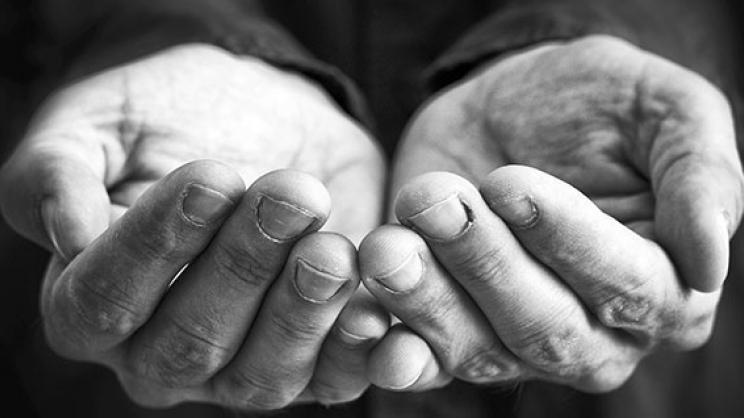 Κάτω από το όριο της φτώχειας ζει το 48% των Ελλήνων