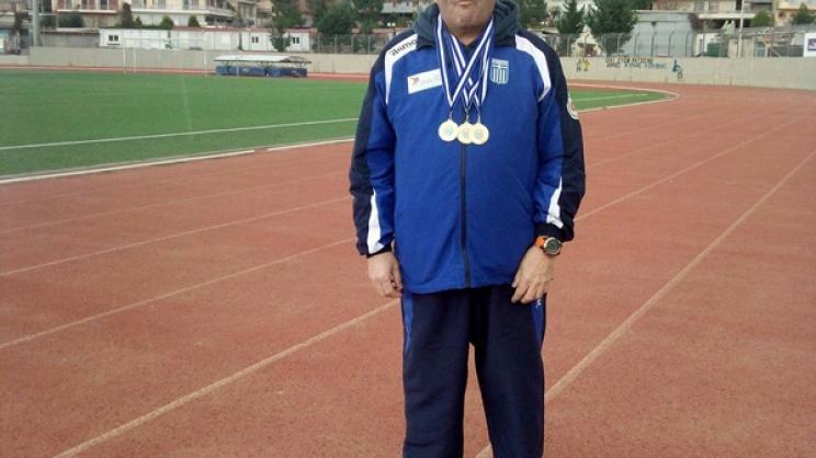 Τρία χρυσά της κολύμβησης, πλάι στο μετάλλιο της ζωής...