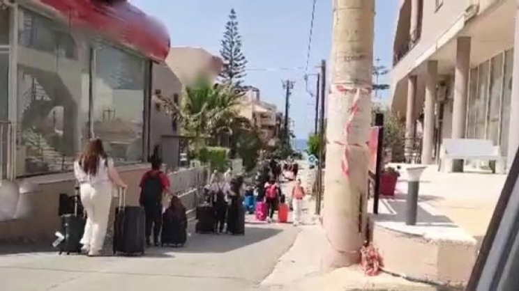 Εφτασαν στα Χανιά  οι πρώτοι τουρίστες